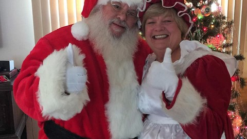 WATCH: This Christmas-Loving Couple Changed Their Names to Santa and Merry Christmas Claus