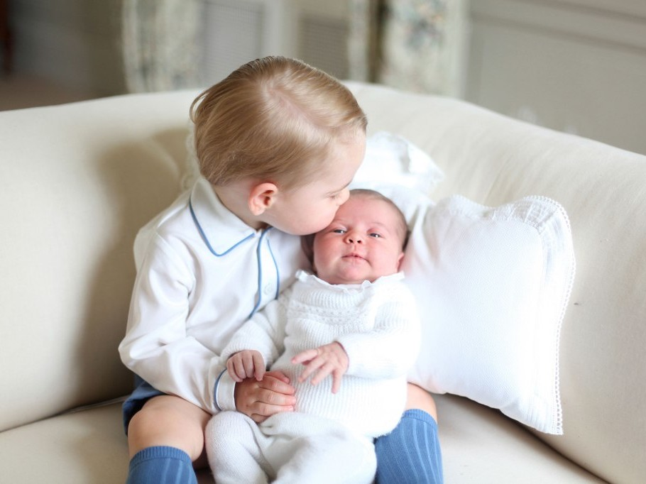 Prince George and Newborn Princess Charlotte