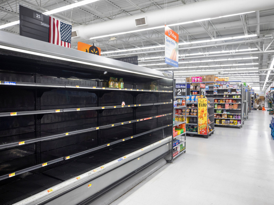 National Weather Service Warns Hurricane Florence Is 'the Storm of a Lifetime' hurricane-florence-9-2000