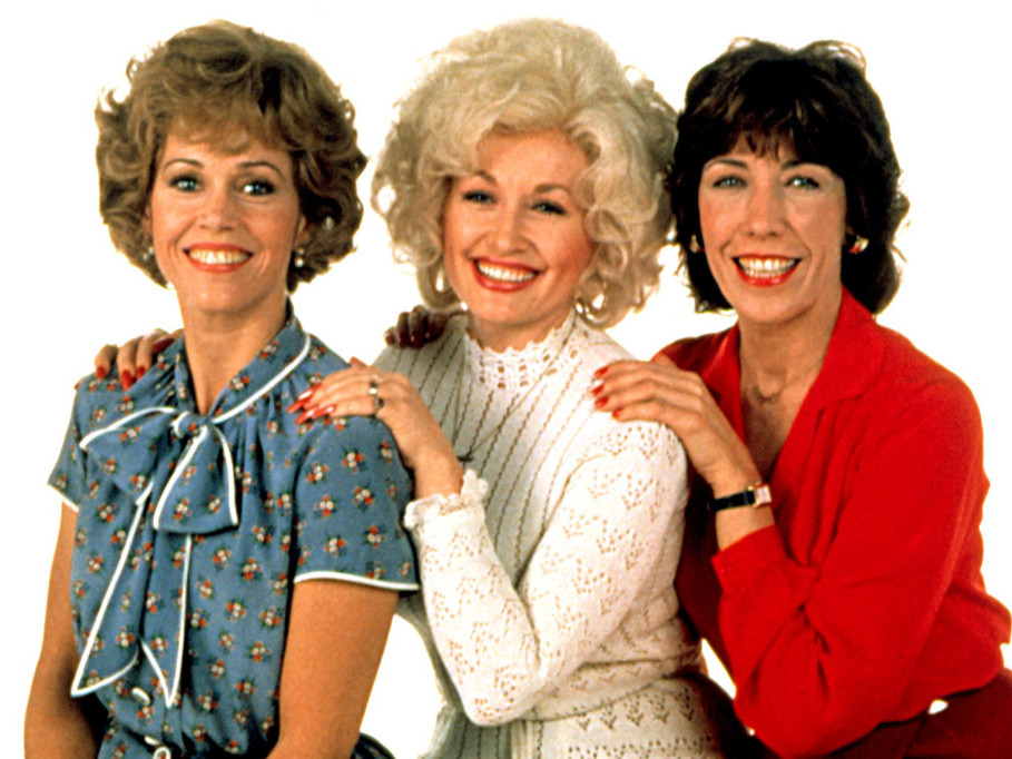 Dolly Parton Says She Expects Production to Begin on 9 to 5 Sequel in 'the Next Few Months' jane-fonda-wp