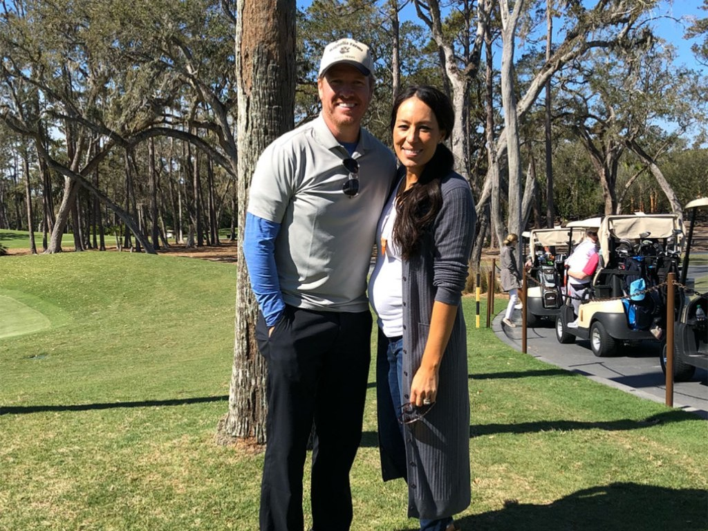 Bump's Out! Pregnant Joanna Gaines Shows Off Baby Belly During 'Amazing Weekend' with Chip joanna-gaines-2