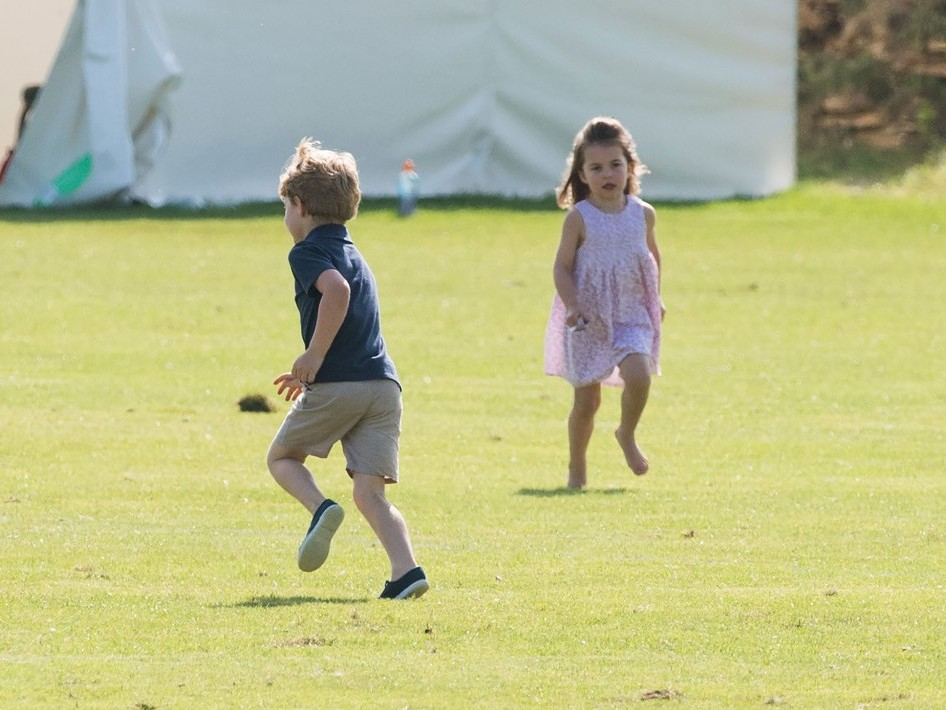 See Princess Charlotte and Prince George Adorably Cheer on Dad William at Polo! kate-middleton-e