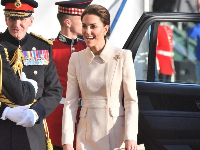 Kate Middleton Steps Out to Honor Troops as She Takes the Salute at Spectacular Military Parade rexfeatures_10286572r