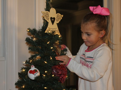 Mallory Kate Hall Decorating Special Christmas Tree