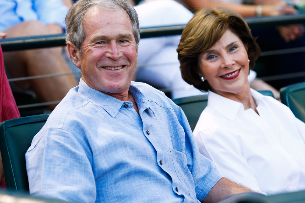 George W. Bush and Laura Bush Receive a Special Seafood Delivery on Labor Day at Walker's Point