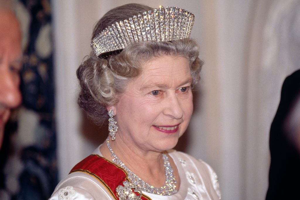 Watch a Royal Tiara Be Transformed Into a Stunning Statement Necklace in New Palace Video!