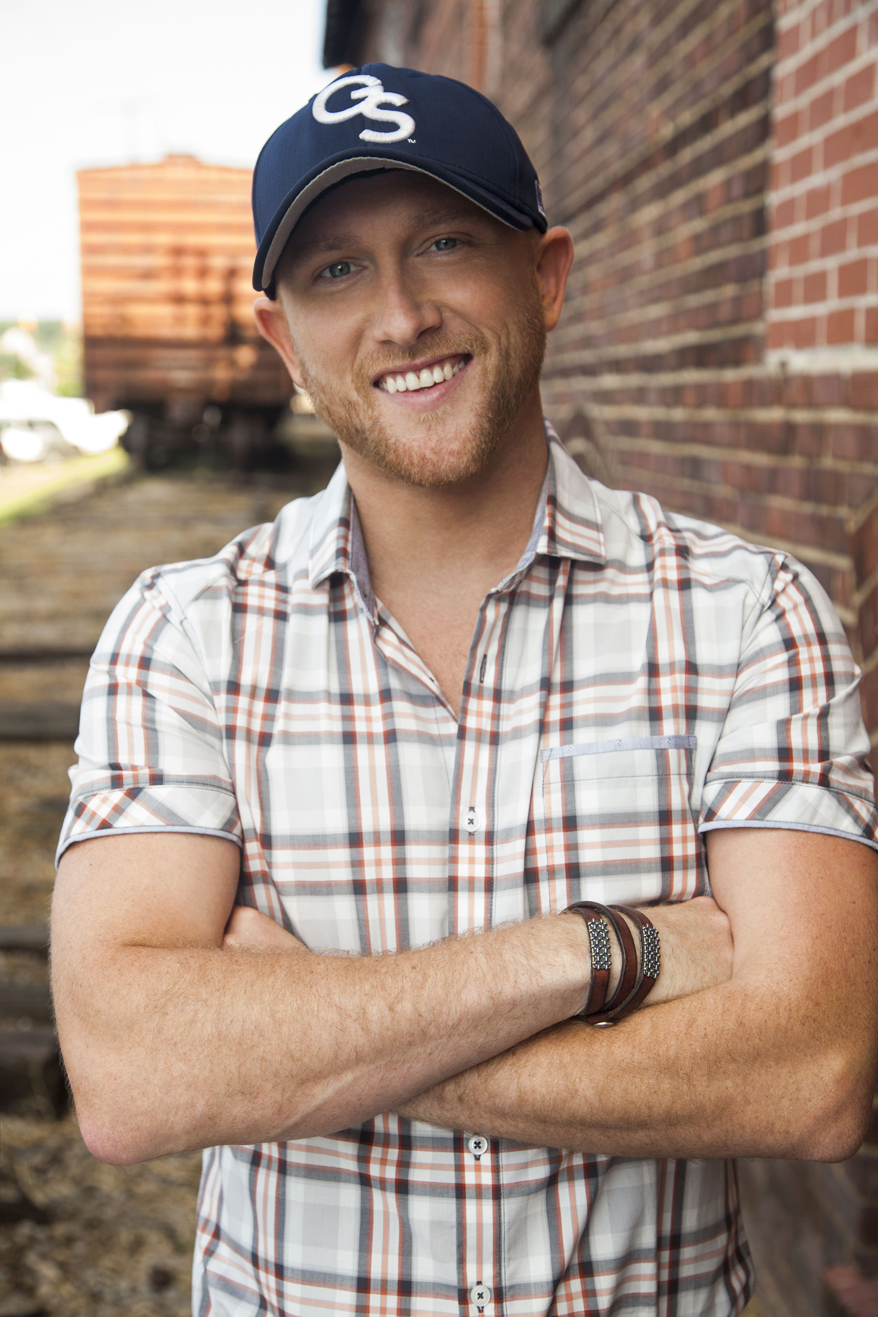 Lucky Number Seven! Cole Swindell Reflects on His No. 1 Singles — and Shares the Stories Behind Them