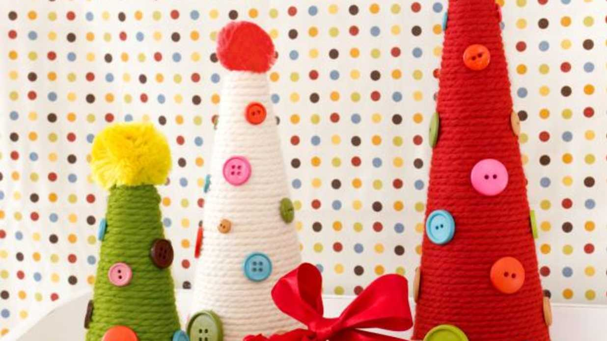 10 Easy Christmas Crafts Kids Will Love